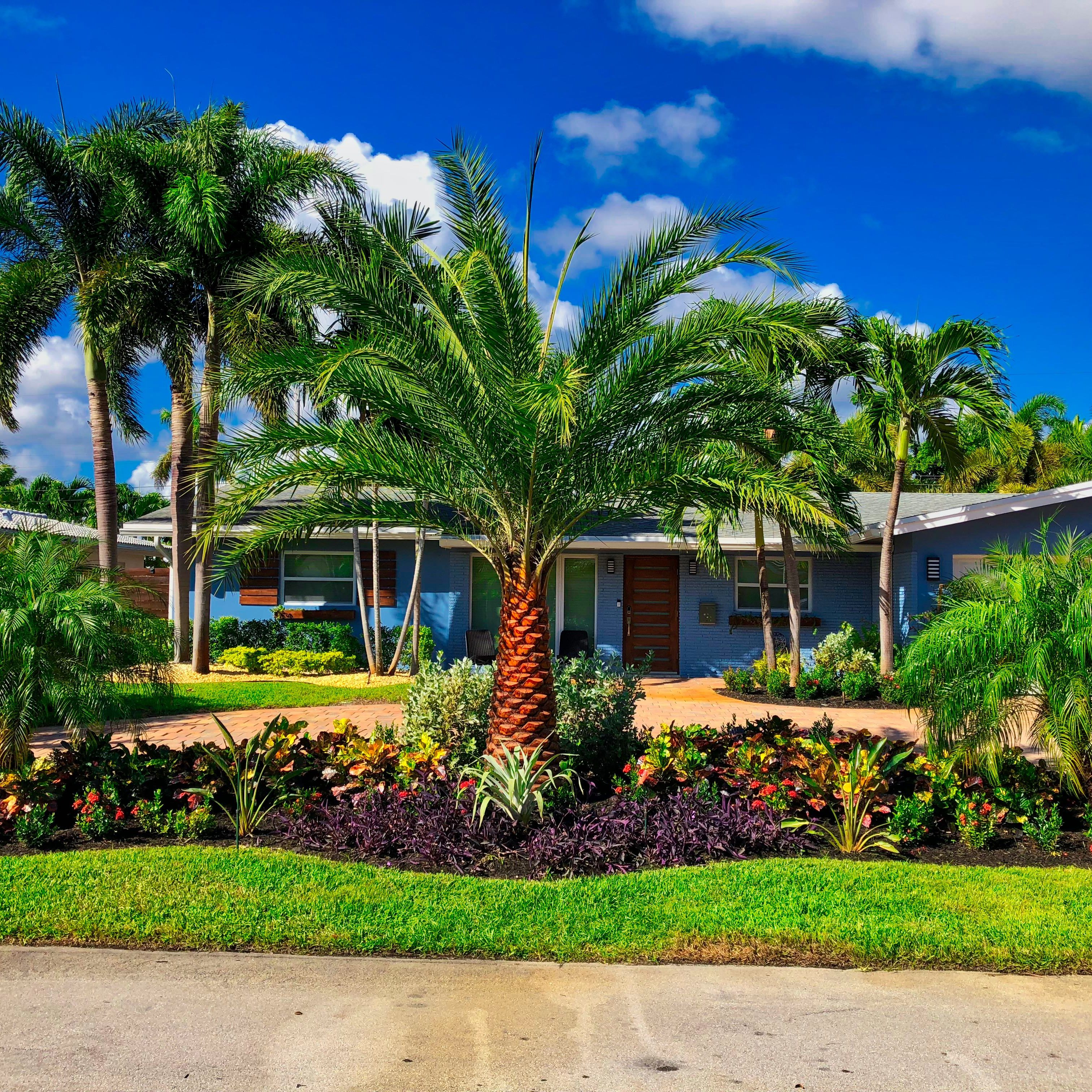Sj Landscapes And Gardening Services: Residential Landscaping Company
